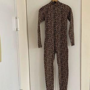 American Apparels women's leopard bodysuit